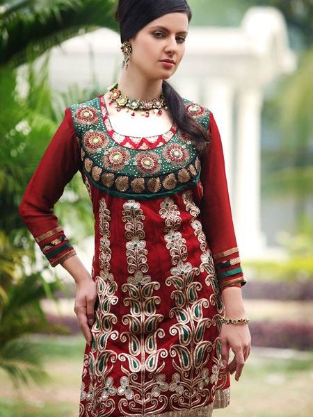 2c622bbed453c ازياء هندية جميلة 2019 ، Indian Fashion 2019 - حنين الحب